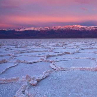 最热的地方:57摄氏度,美国死亡谷国家公园,1913年7月10号。